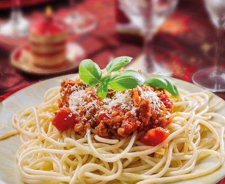 Bolognai spagetti gazdagon