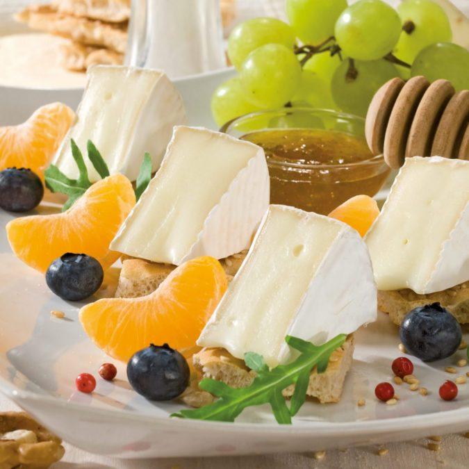 Mindent a fehérpenészes sajtokról