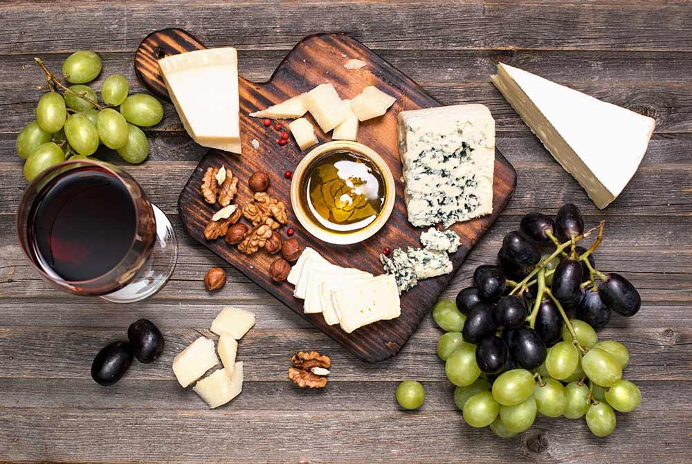 Tökéletes vörösbor és sajt kombinációk