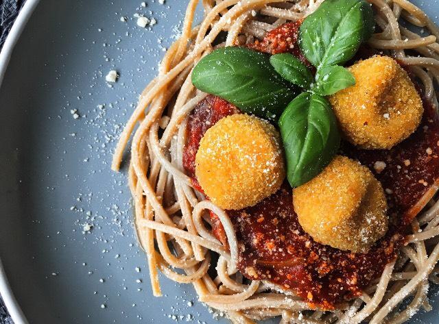 Hamis húsgolyós spagetti